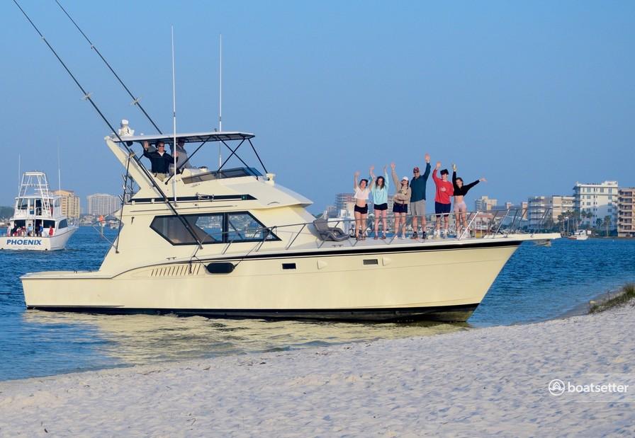 Rent a Hatteras Yachts convertible in Destin, FL near me
