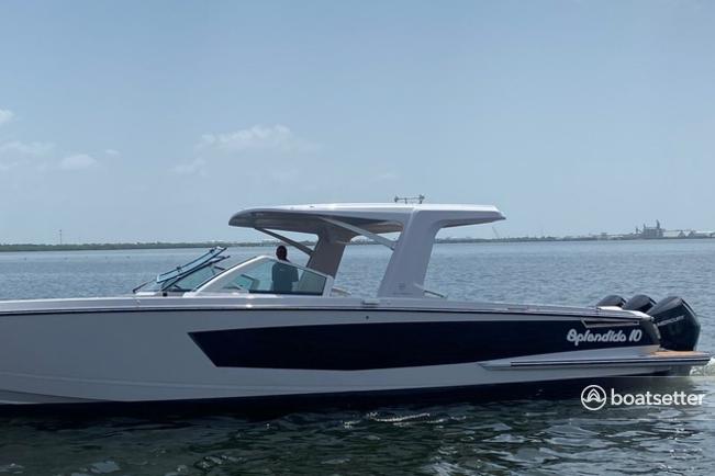 Rent a Aviara motor yacht in Tampa, FL near me