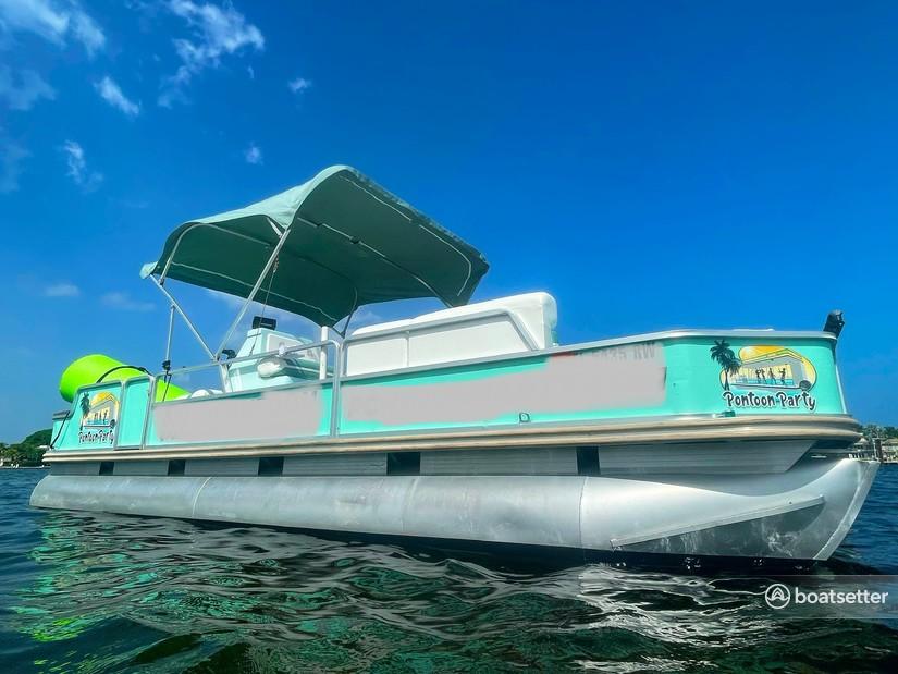 Rent a Fischer pontoon in Fort Lauderdale, FL near me