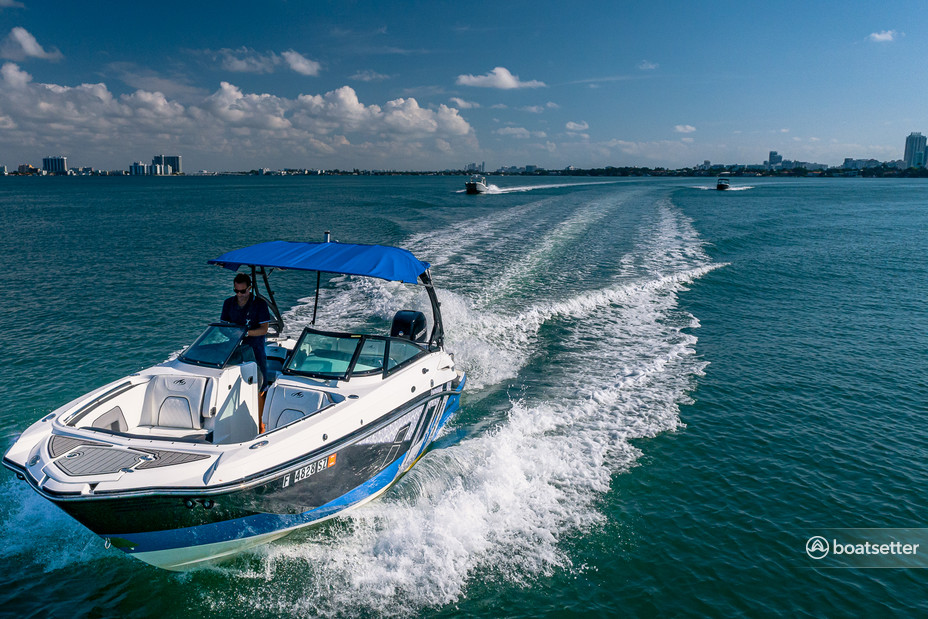 Rent a MONTEREY BOATS commercial in Miami, FL near me