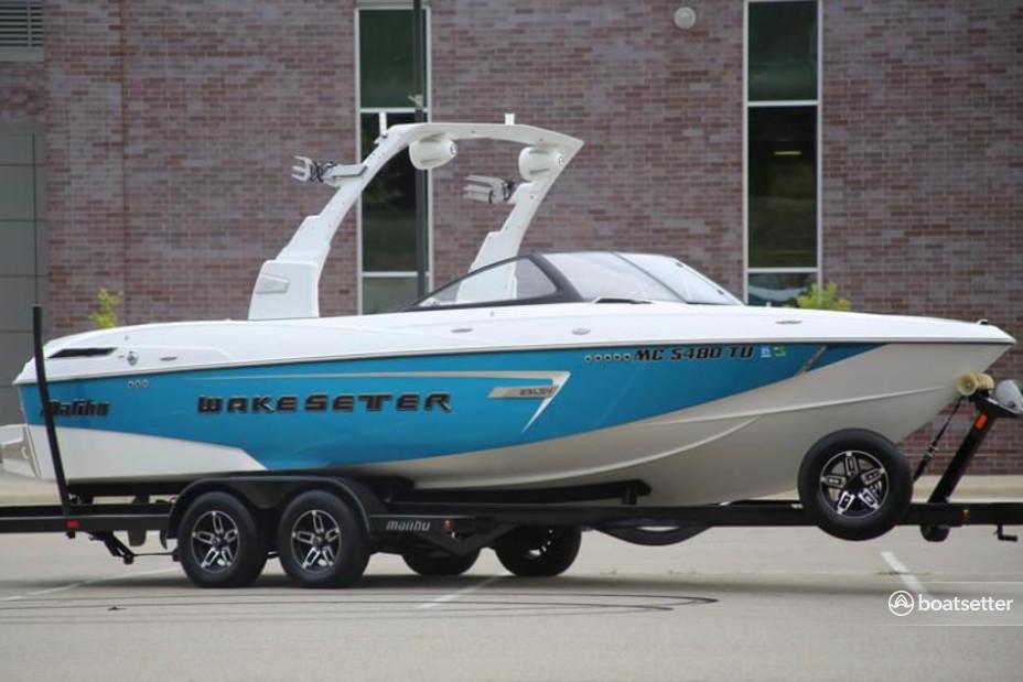 Rent a Malibu Boats ski and_wakeboard in Lake Havasu City, AZ near me