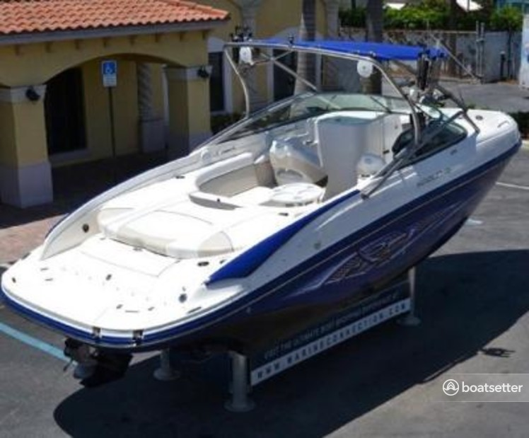 Rent a Rinker Boats bow rider in East Rockaway, NY near me