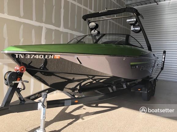 Rent a Malibu Boats ski and wakeboard in Avondale, AZ near me