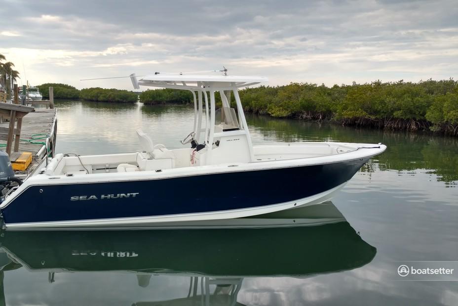 Rent a Sea Hunt Boats center console in Cape Canaveral, FL near me