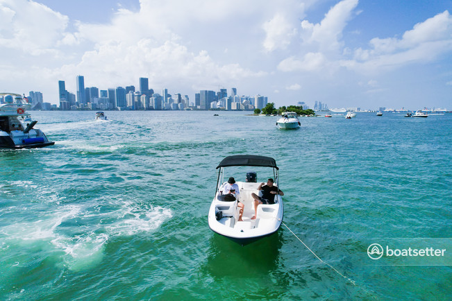 Rent a BAYLINER deck boat in Sunny Isles Beach, FL near me