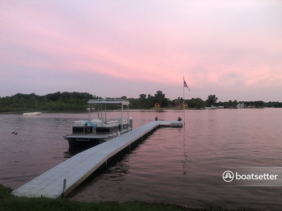 Rent a Tahoe Pontoons pontoon in Commerce Charter Township, MI near me