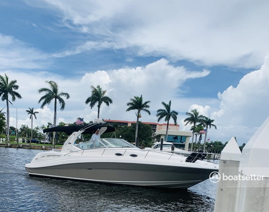 Rent a Sea Ray Boats motor yacht in North Miami, FL near me