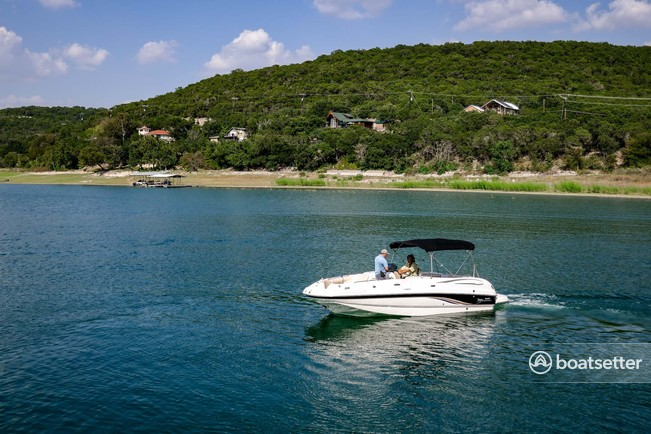 Rent a Chaparral Boats cruiser in Leander, TX near me