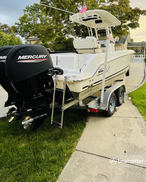 Rent a BOSTON WHALER center console in Brightwaters, NY near me