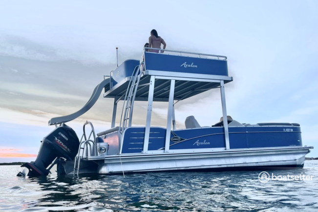 Rent a AVALON PONTOONS pontoon in Clearwater, FL near me