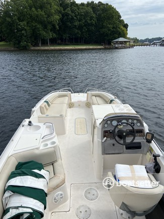 Rent a Ebbtide Boats deck boat in Mooresville, NC near me