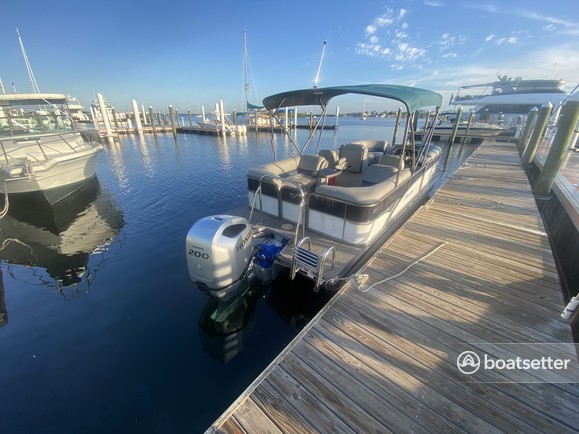 Rent a Manitou pontoon in Cape Coral, FL near me
