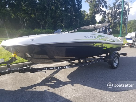 Rent a TAHOE BY TRACKER MARINE bow rider in Ocala, FL near me
