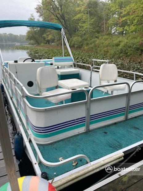 Rent a Playbuoy Boats pontoon in Coloma, MI near me