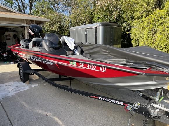 Rent a TRACKER BY TRACKER MARINE bass boat in Wheatland, CA near me
