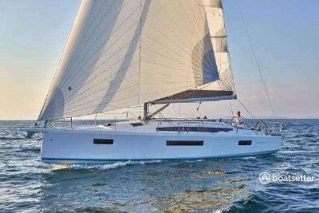 Rent a Jeanneau cruiser in Punta Gorda, FL near me