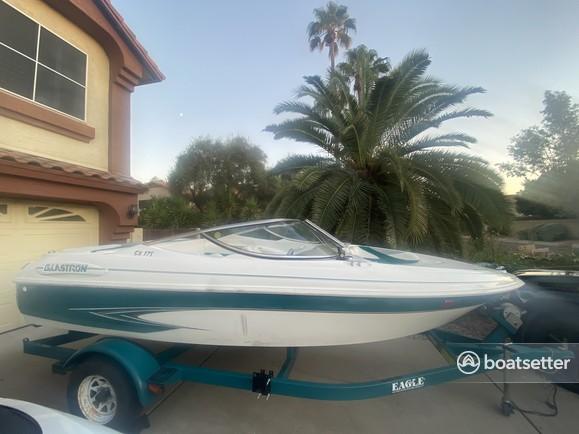 Rent a Glastron Boats bow rider in Phoenix, AZ near me