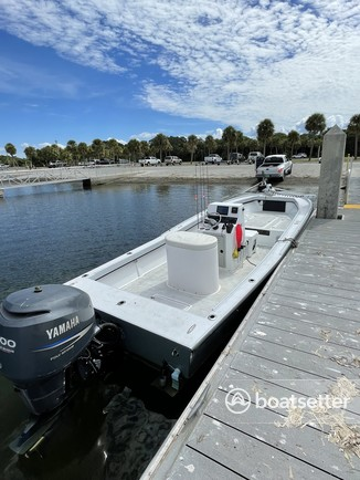 Rent a Mako Marine center console in St. Petersburg, FL near me
